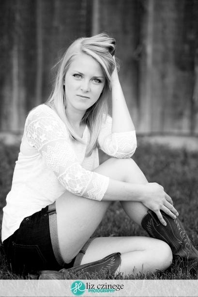 Liz Czinege Portrait Photographer Niagara Hamilton4