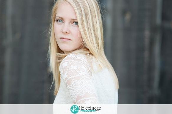 Liz Czinege Portrait Photographer Niagara Hamilton5