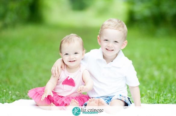 Allie-12-2 | Liz Czinege Niagara and Hamilton Newborn and Child Photographer
