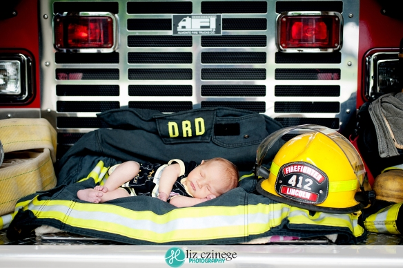 Liz Czinege Newborn Photographer Niagara Hamilton7