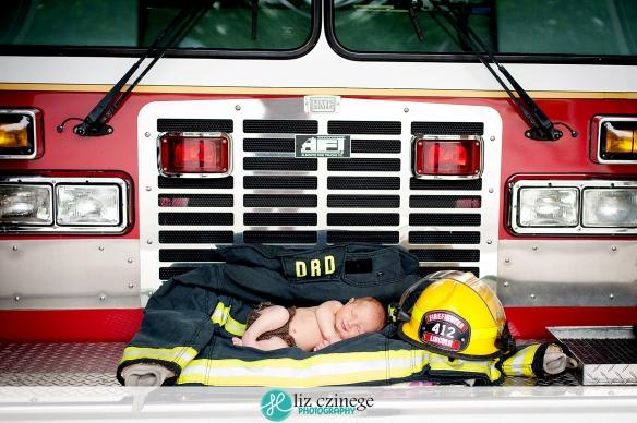 Liz Czinege Newborn Photographer Niagara Hamilton8