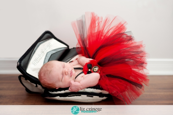 liz_czinege_niagara_hamilton_newborn_photographer