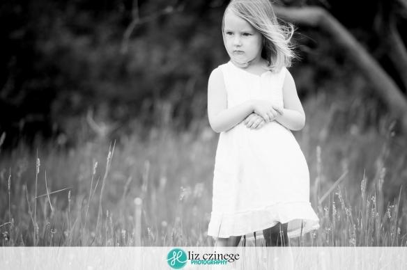 liz_czinege_photography_niagara_hamilton_child04