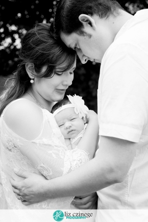 liz_czinege_newborn_photographer_hamilton_niagara_01