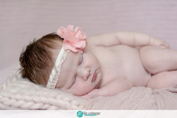 liz_czinege_newborn_photographer_hamilton_niagara_04