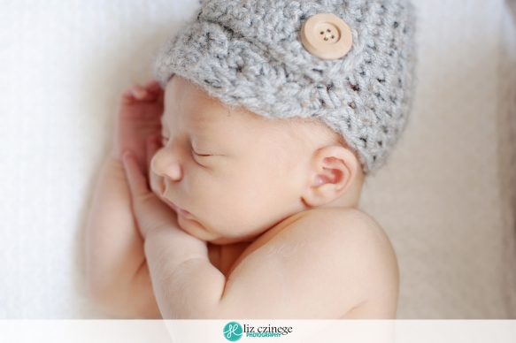 liz_czinege_newborn_photographer_niagara_hamilton08