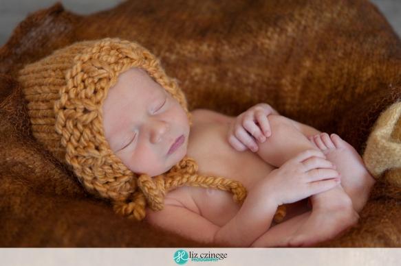 liz_czinege_hamilton_niagara_newborn_child_photographer10