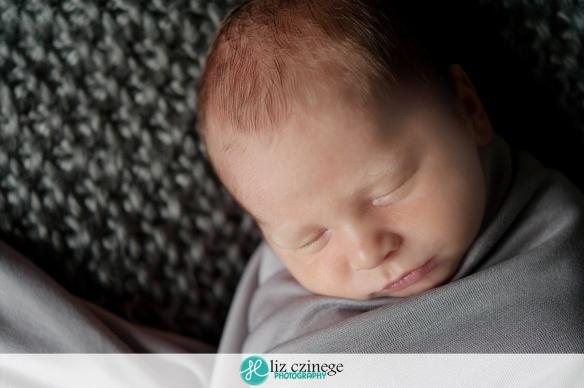 liz_czinege_niagara_hamilton_newborn_photographer01