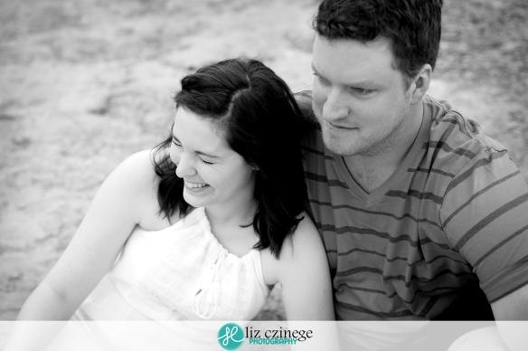 liz_czinege_niagara_hamilton_grimsby_engagement_wedding_photographer02