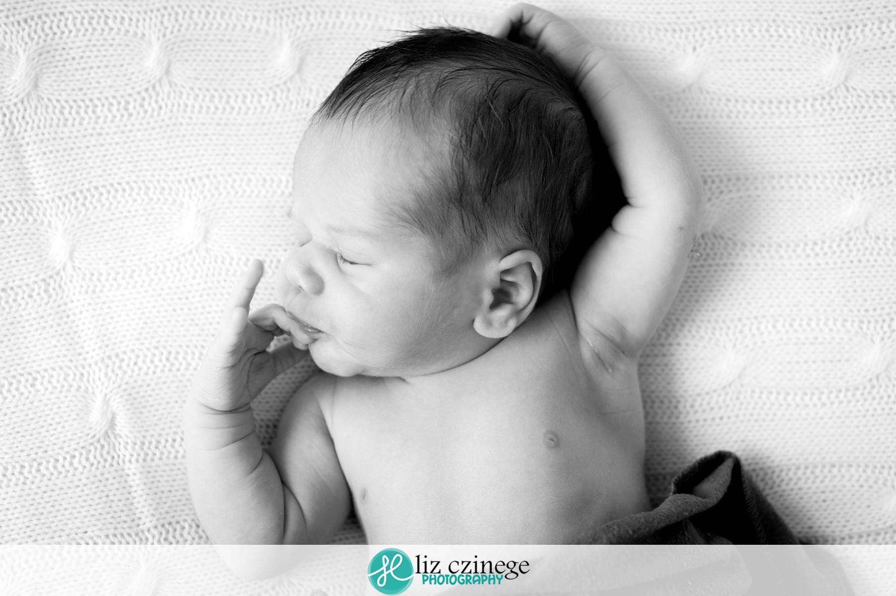 liz_czinege_niagara_grimsby_newborn_photographer03