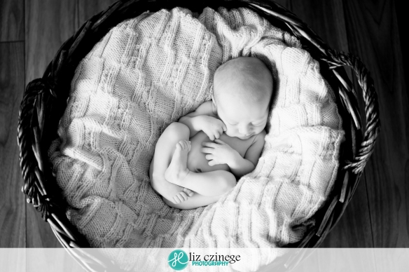 czinege-photography-niagara-newborn-07